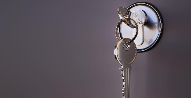 Dispositivos en el sistema llave-cerradura en la Covid-19. Lecciones de un análisis reflexivo